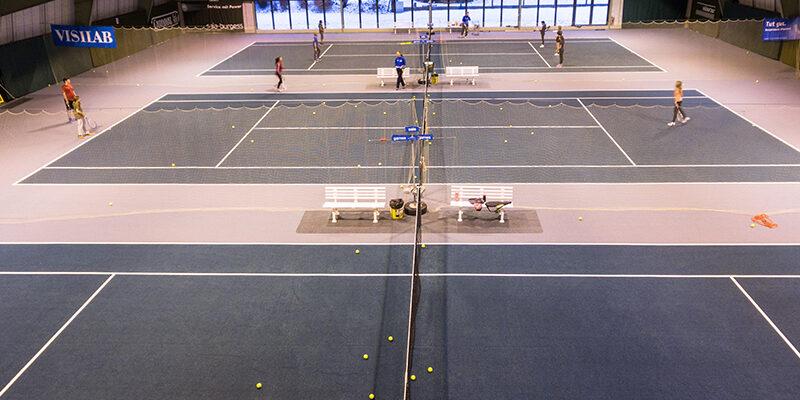 Tennisplätze indoor